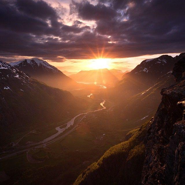 • ROMSDALEN  Norway.