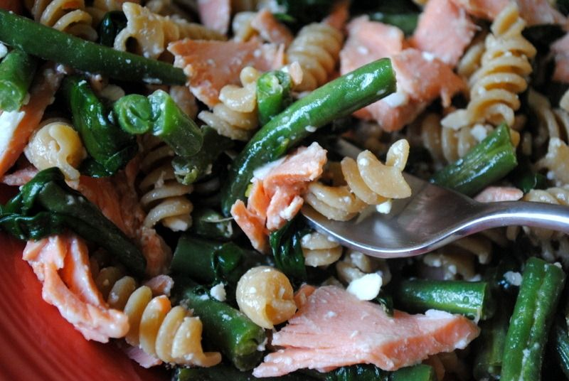 Healthy Whole Wheat Pasta with Salmon