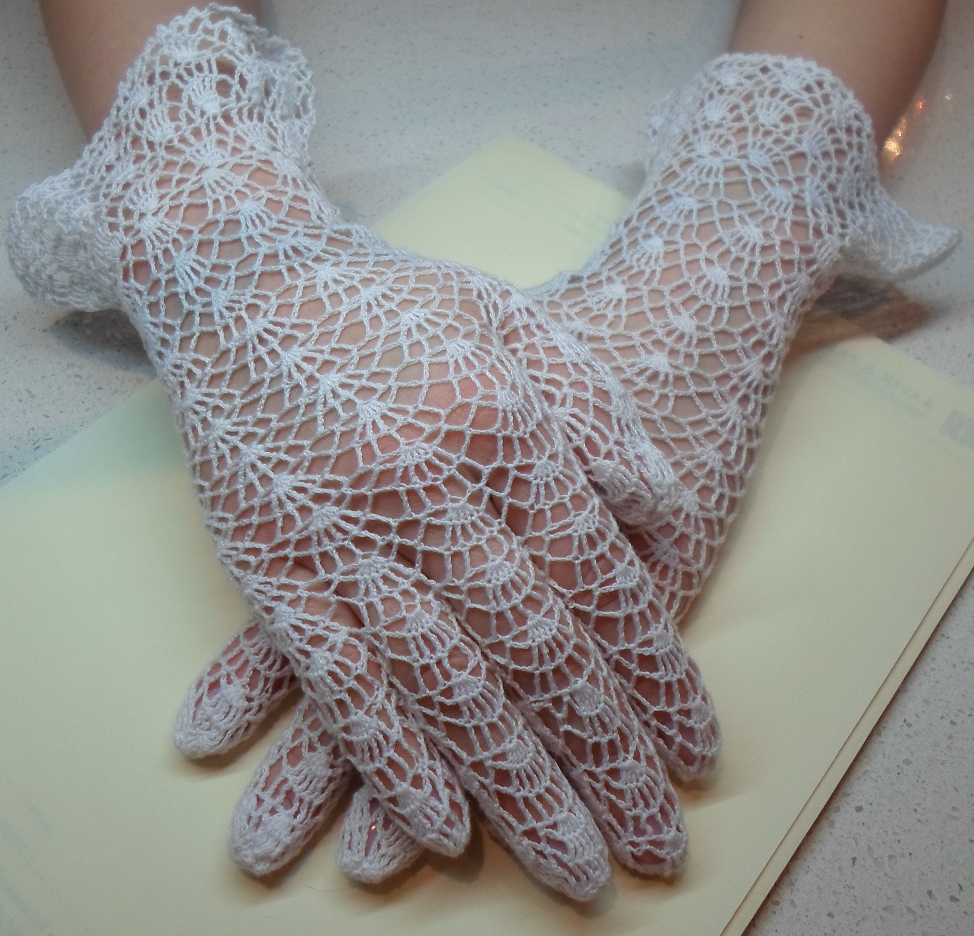 vintage pattern, crochet lace gloves | Crochet lace gloves - Made by ...