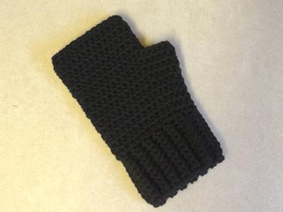 Easy Crochet Fingerless Gloves | Simple Fingerless Gloves for the ...