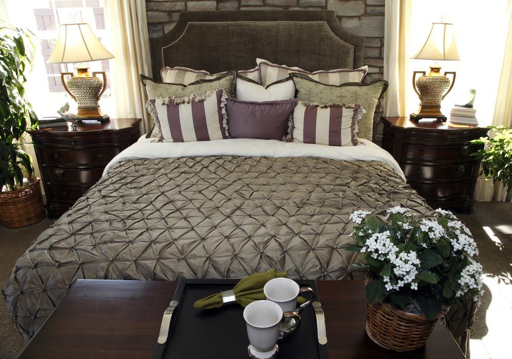 purple-and-brown-throw-pillows