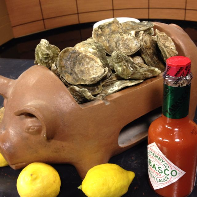 B&O American Brasserie on WJZ talking about oysters