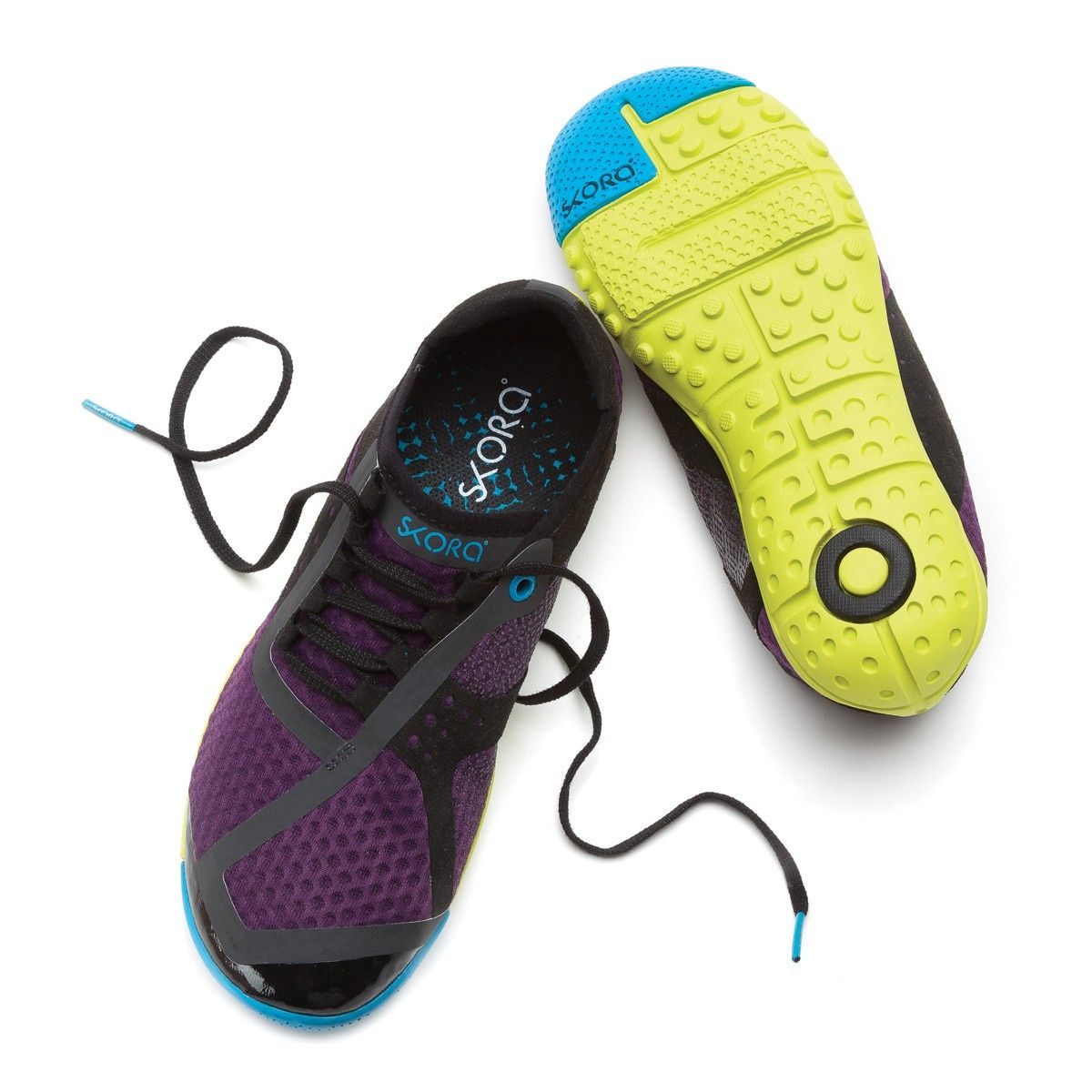 Sneakers fashion, Womens running shoes