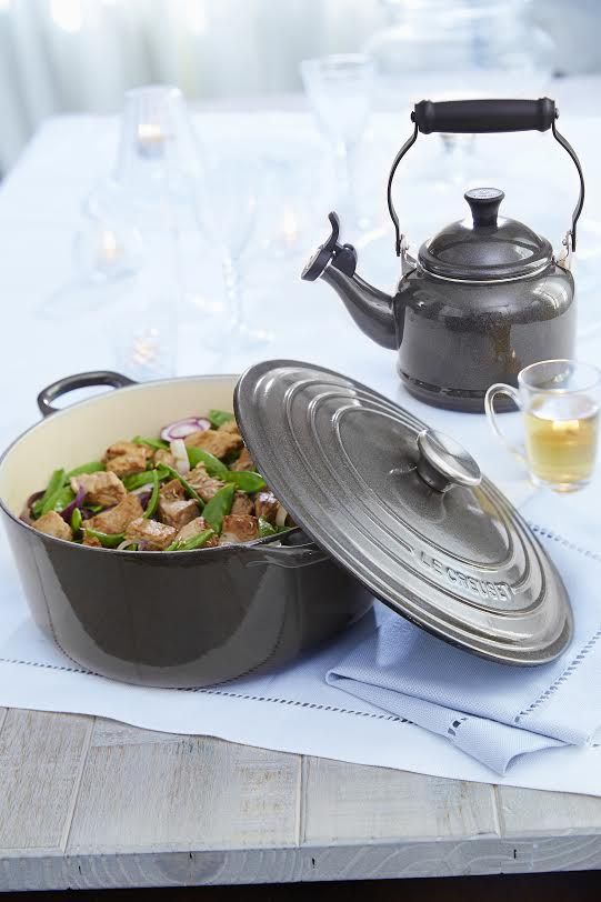 Le Creuset Midnight Grey Metallic 2 Qt Round French Oven Tea