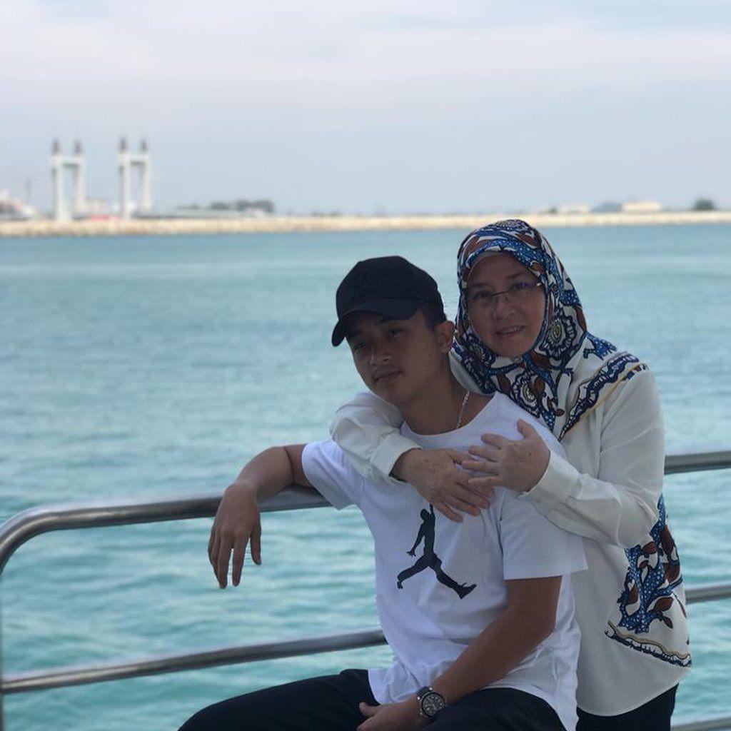 "Azizah Mahmood Iskandar on Instagram: ""biji mata m"