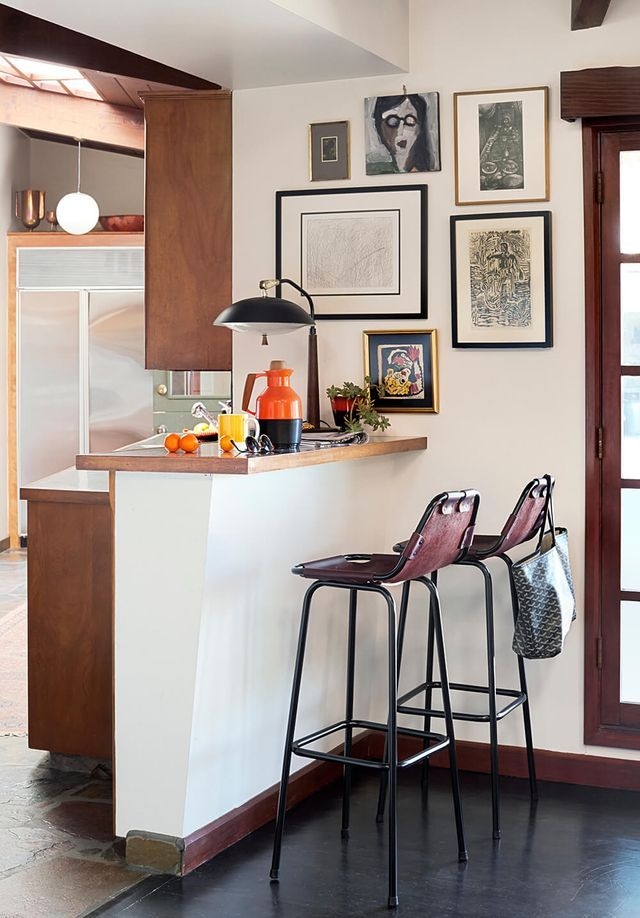 The Ultimate Counter & Bar Stool Roundup Emily Henderson Awesome Kitchen Counter Bar Stools Decorating Inspiration