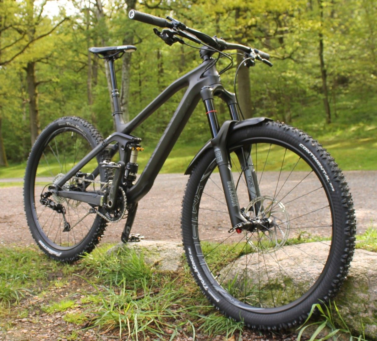 Review: Canyon Spectral CF Mountain Bike | Singletracks Mountain Bike News