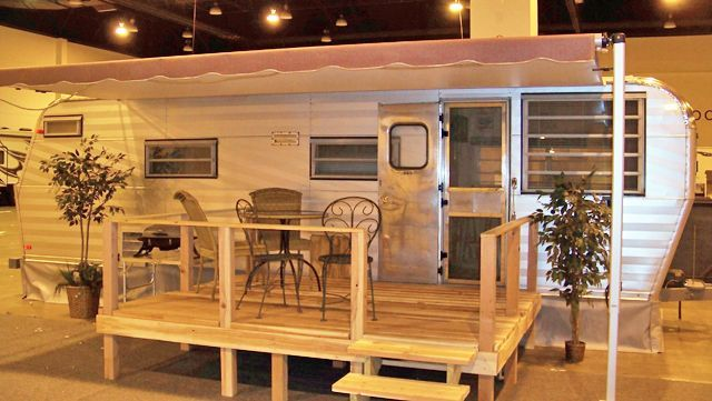 This Is The Deck Porch I Want For Our Camper Not As Deep In Camping Pinterest Porch