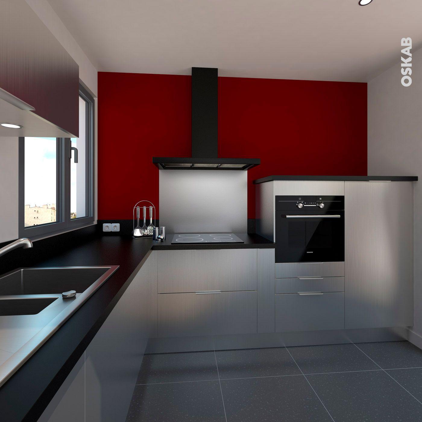 cuisine style industriel, petite cuisine décor inox effet