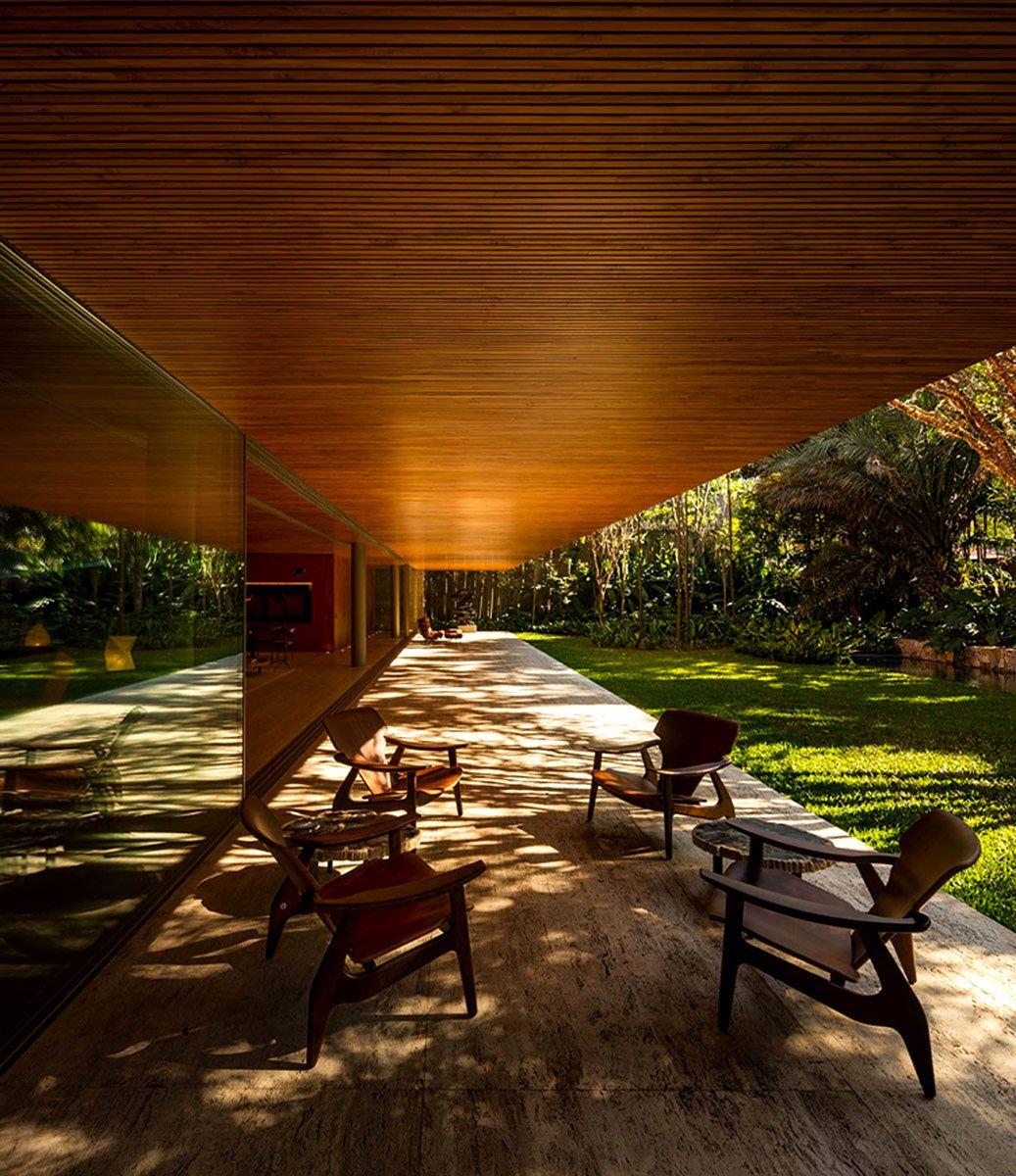 Una terraza a la sombra para protegerse del calor de Brasil. | Galería de fotos 16 de 19 | AD MX