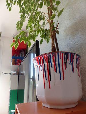 Bazooka Crafts: Quick Artsy Flower Pot Makeover