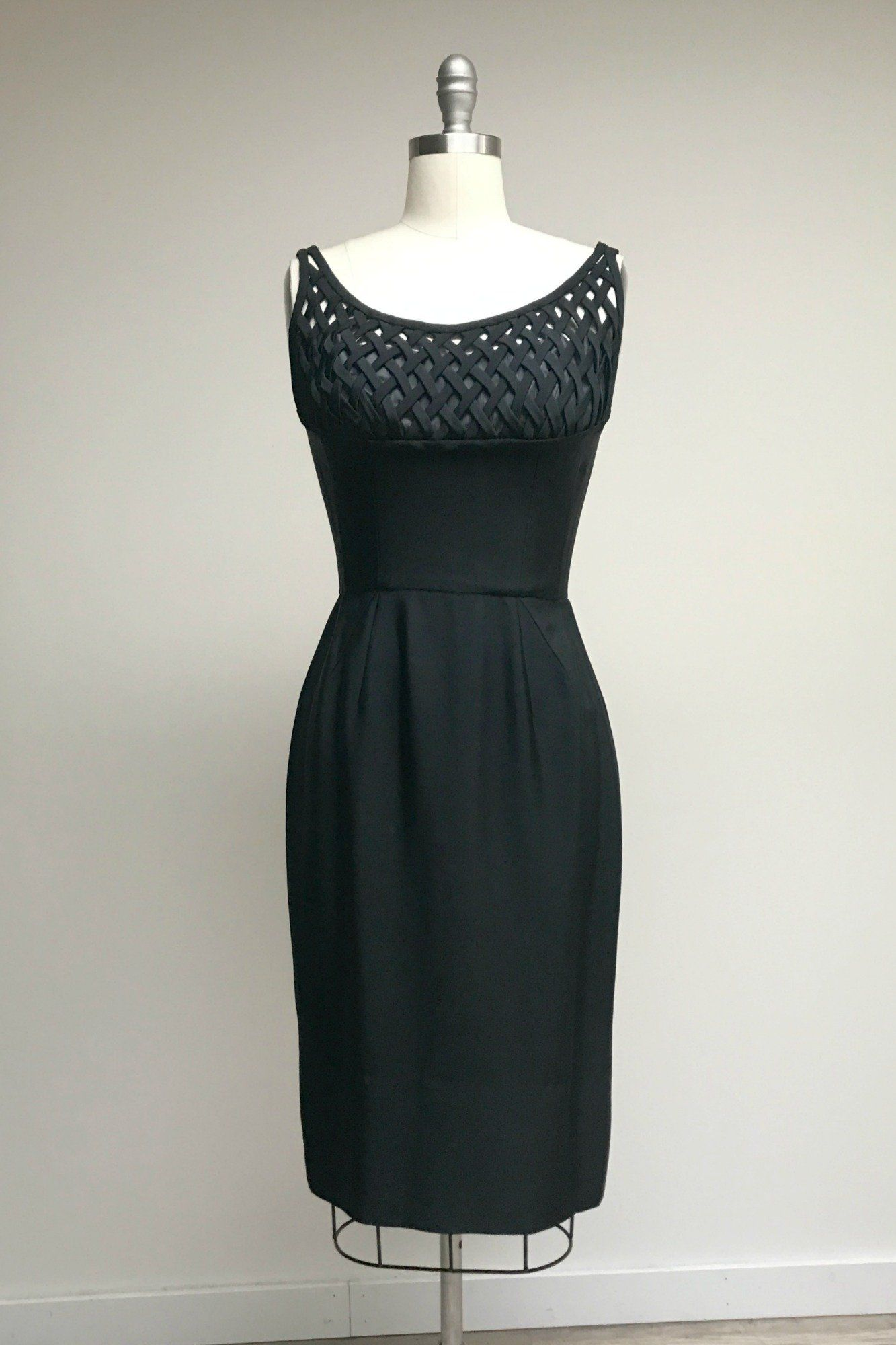 Sultry stunner dress vintage dresses darts and products