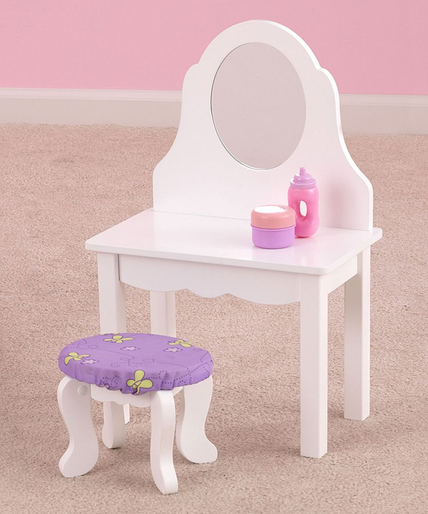 Girls Play Vanity.