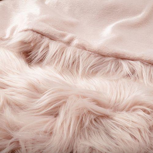 Best Home Republic Alpine Fur Blanket Dusty Pink Bedroom 400 x 300