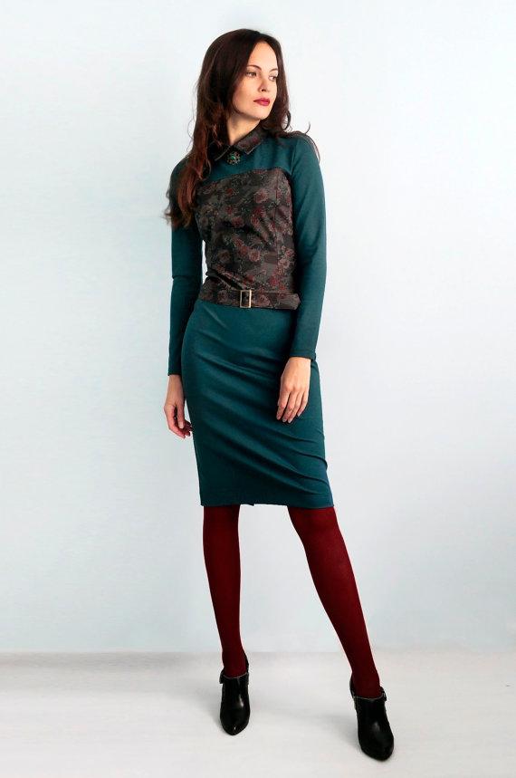 Women's jersey green dress Dress with flower print Dress with long sleeves