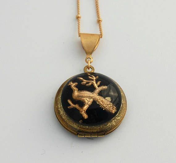 Vintage locket antique jewelry necklace custom jewelry locket vintage locket antique jewelry necklace custom jewelry aloadofball Image collections
