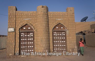 Traditional Mud Building With Morrocan Style Doors In Timbuktu