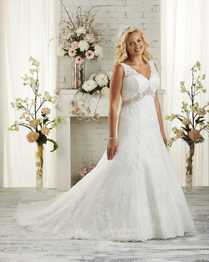 1506 Unforgettable Plus Size By Bonny Bridal A Feminine Sleeveless Scalloped Neckline Is Created With Delicate Alencon And Eyelash Lace That