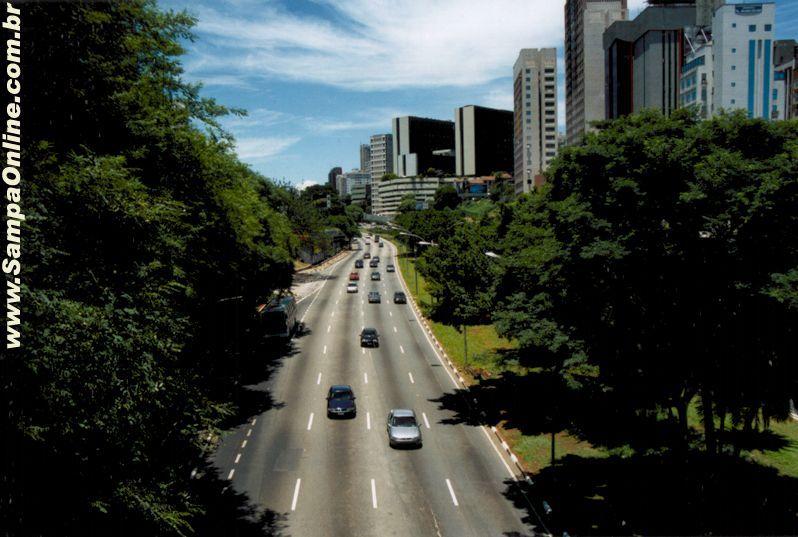 Foto da Avenida Vinte e Tres de Maio