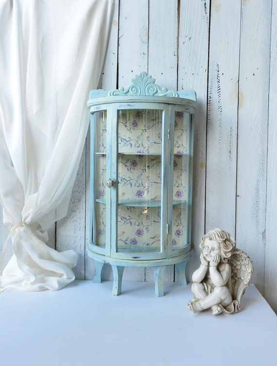 Shabby Chic Small Glass Display Case Display Curio By Ywart Shabby Chic Jewerly Displays Shabby Chic Cabinet