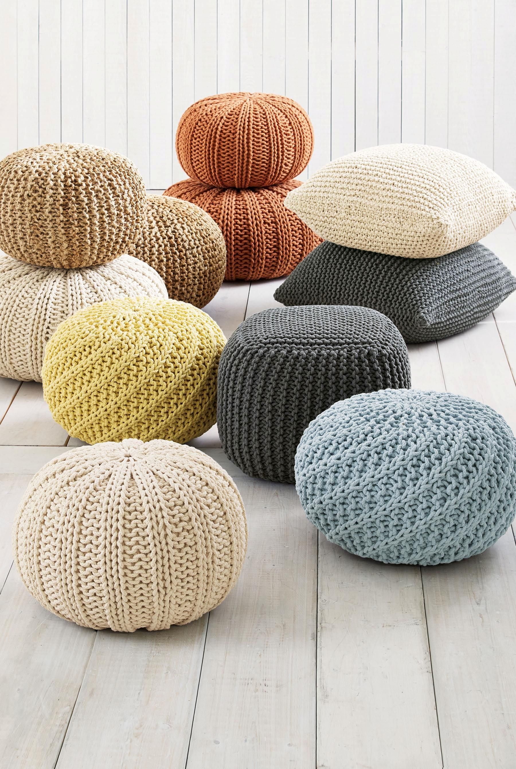 Knitted Pods By Next Home Pufe De Croche Almofadas De Trico Puf De Trico