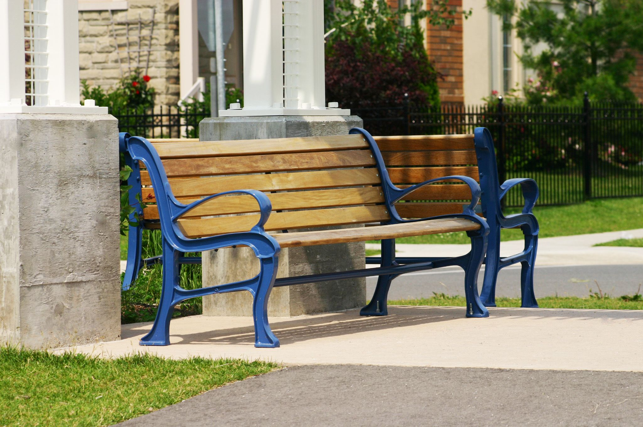 Maglins mlb300w benches found in a guelph ontario neighborhood maglin maglinsitefurniture