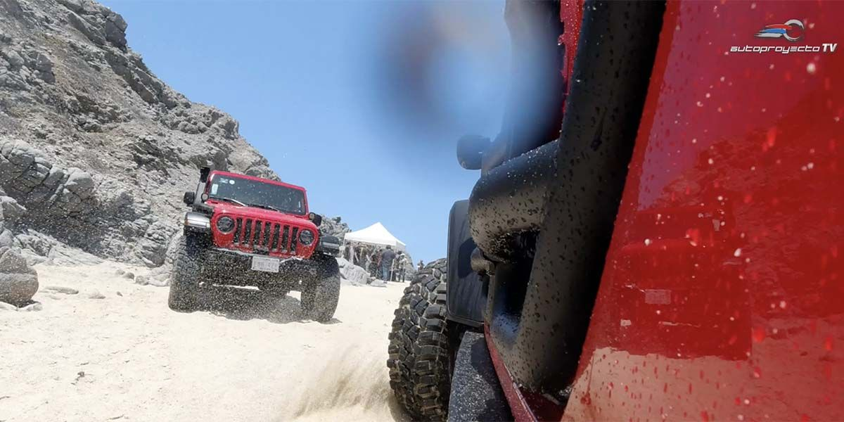 Jeep Gladiator 2020 Con Off Road Mexico En Cabo San Lucas Jeep Gladiator Toyota Tacoma Y Chevrolet Colorado