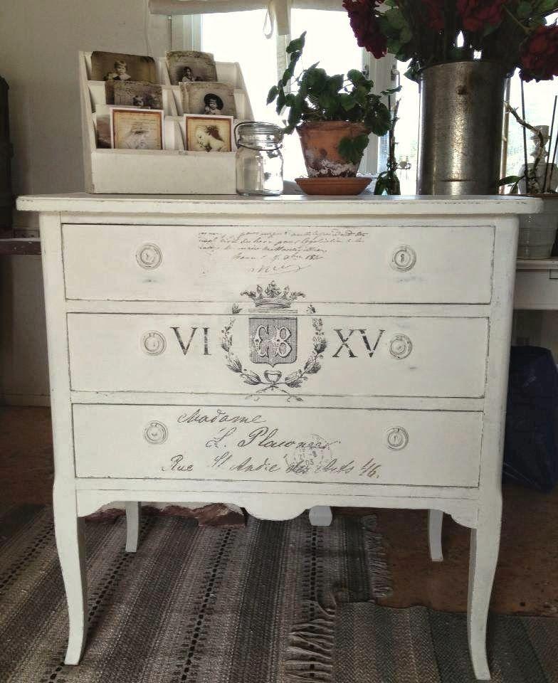 HIMLARUM - möbler shabby chic; Swedish blog-lovely painted dresser ...