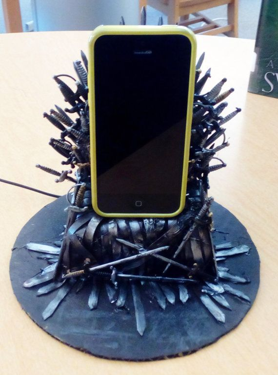 Game Of Thrones Iron Throne Phone Charger Action Figure