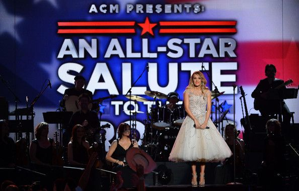 Carrie Underwood - ACM Presents: An All-Star Salute to the Troops