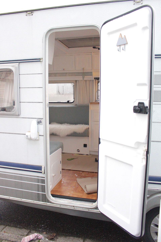 Teil 3 Gunther Wird Noch Hubscher Gemacht Ourlovelyfamilylife Lifestyle Travel Diy Family In 2020 Wohnwagen Renovierung Wohnwagen Umbauen Wohnwagen Renovieren