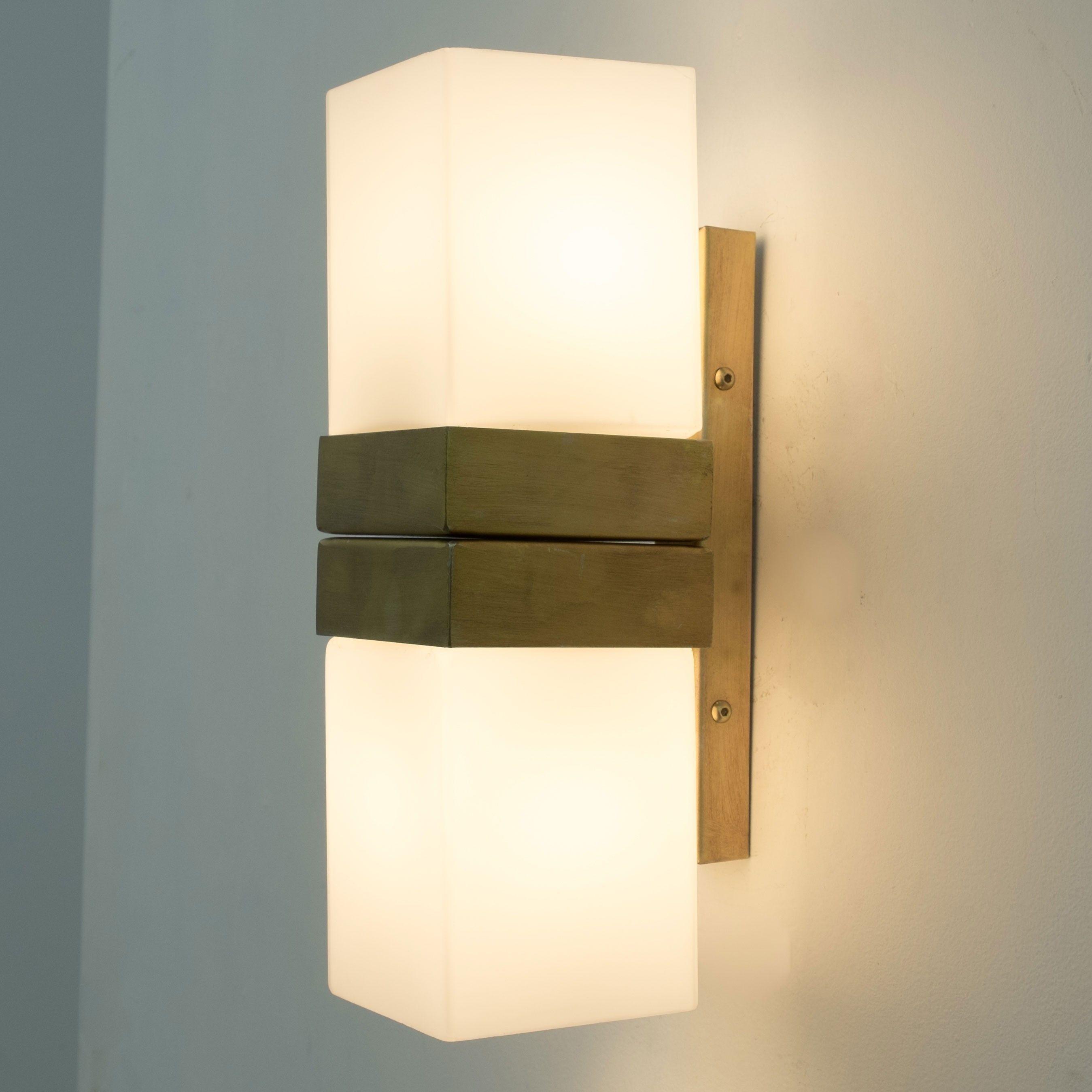 Aplique De Pared Vintage Cuadrados De Cristal Jimena Apliques De Pared Diseno De Interiores Paredes Iluminadas