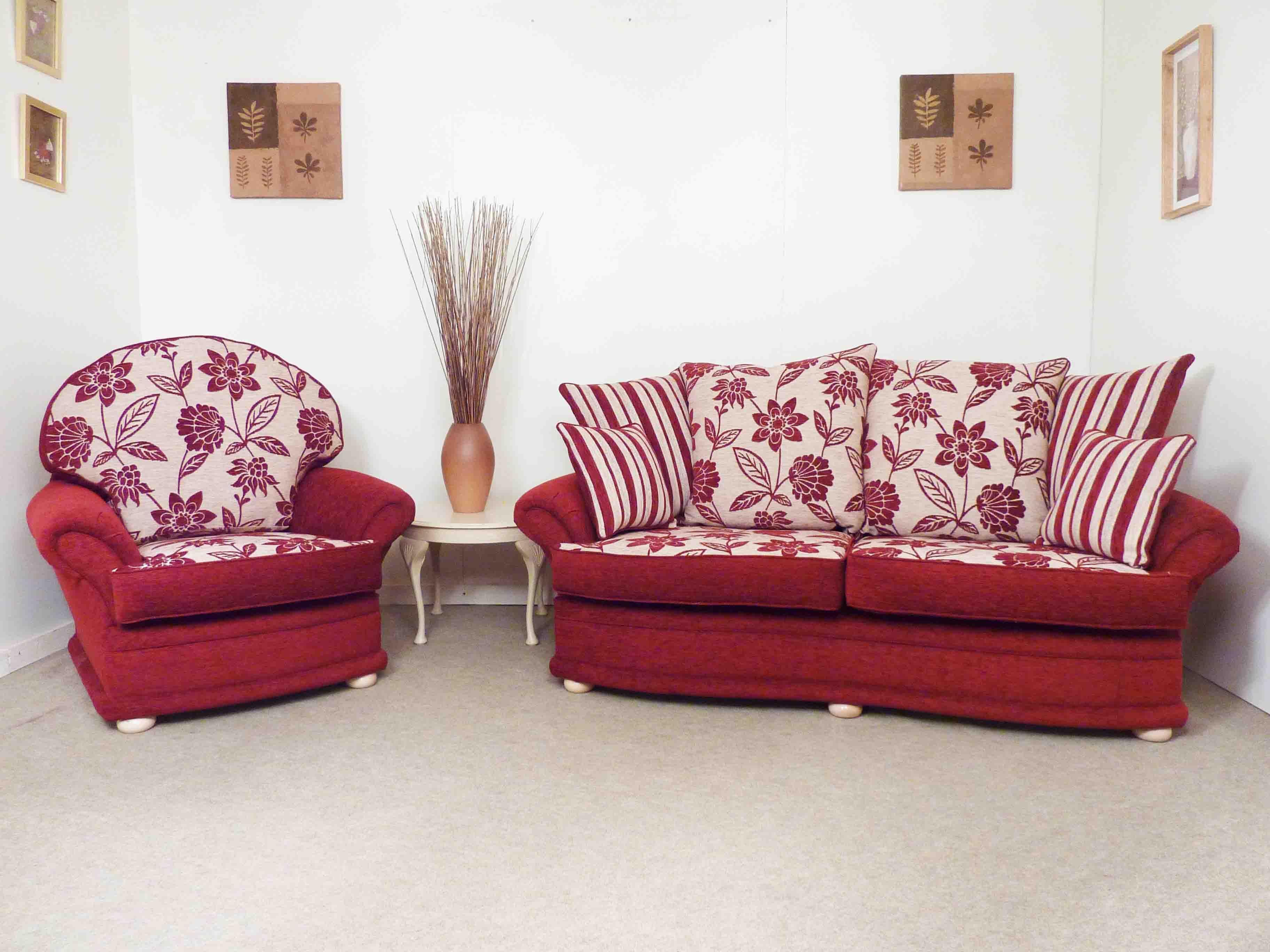 Old English Style Lounge Suites Hamilton