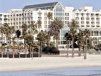Loews Santa Monica Beach Hotel Http Vacationtravelogue For Hotels
