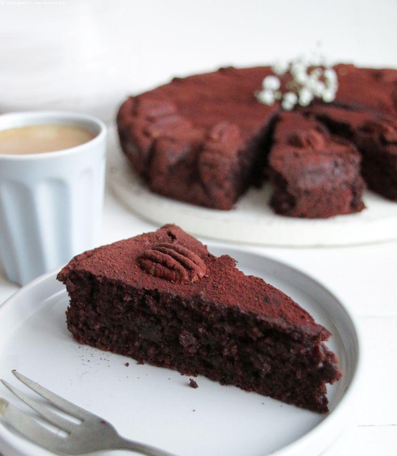 Glutenfreier Rote Bete Nuss Schokokuchen Whatinaloves Com Schokokuchen Schokoladen Kuchen Lebensmittel Essen