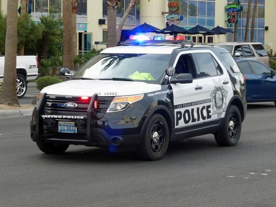 Las Vegas Metropolitan Pd Ford Explorer Police Interceptor Suv Ford Police Police Cars Police Truck
