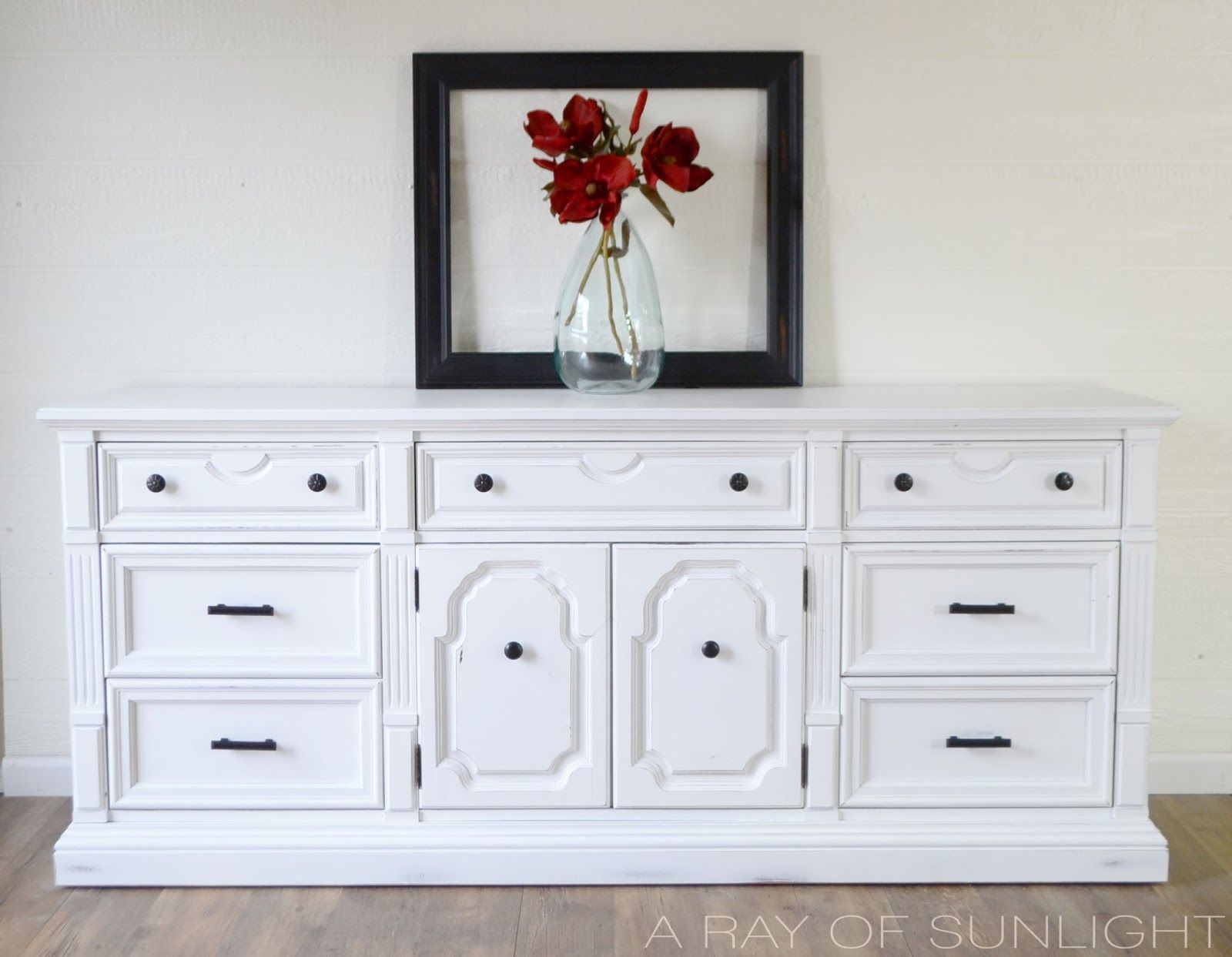 The White Thomasville Dresser Makeover A Ray Of Sunlight Vintage Dresser Makeover Furniture Diy Furniture Bedroom [ 1243 x 1600 Pixel ]