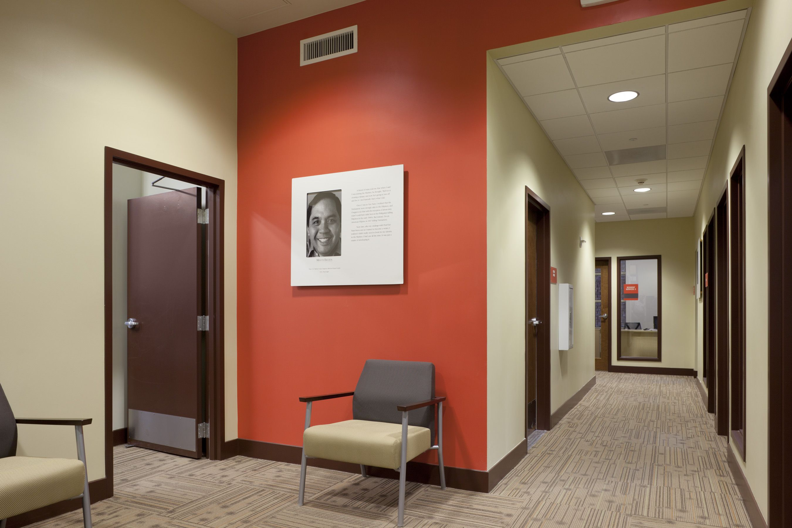 accent walls orange coral key lime orange accent on office accent wall color id=13166