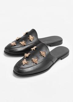 1ed87217c5 Sapato de pele aberto atrás - Mulher