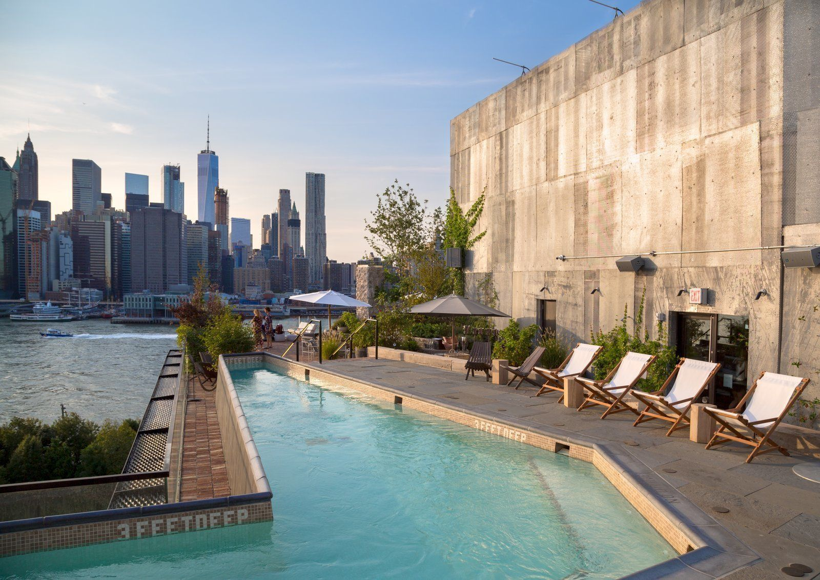 On The Waterfront 1 Hotel Brooklyn Bridge Pool Landscaping New York Landscape Brooklyn Hotels