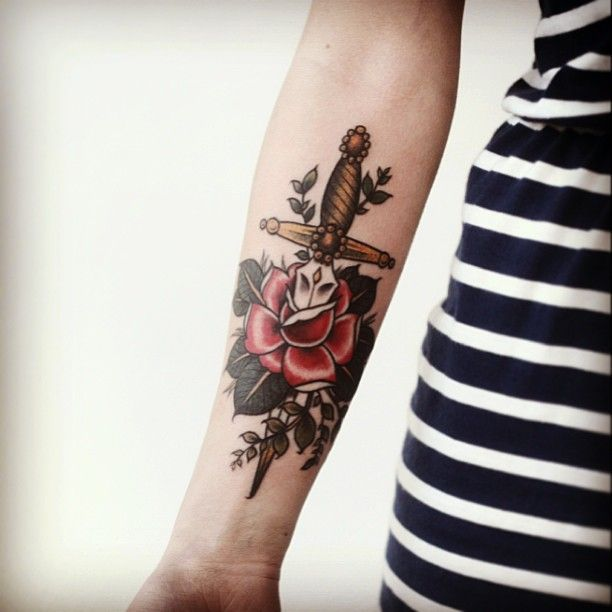 Hey, look, it\'s my arm! By Alice Carrier at Anatomy Tattoo in ...