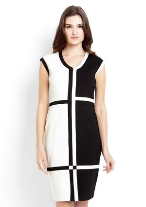 CYRUS Short Sleeve V-Neck Colorblock Dress