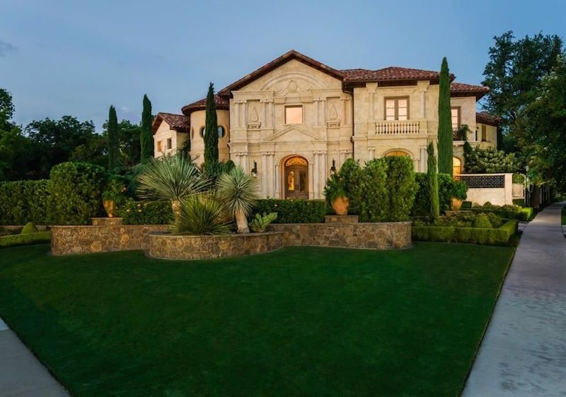 Italian style mansion in Highland Park, Texas :: Available at just under $16m