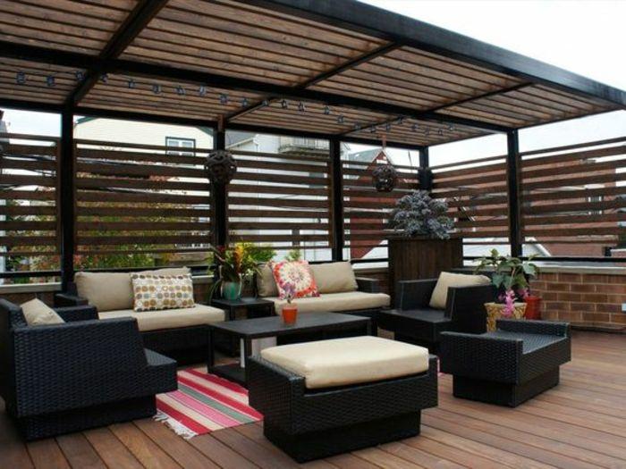Balkon Lounge überdachung balkon lounge sitzgarnitur modern teppich deko kissen
