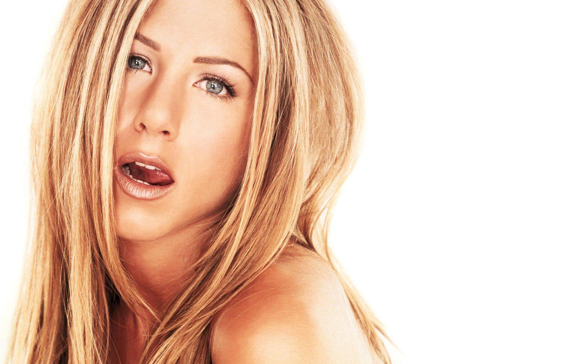 Jennifer Aniston Wallpapers Hd Wallpapers Base Jennifer Aniston Photos Jennifer Aniston Hot Jennifer Aniston Hair