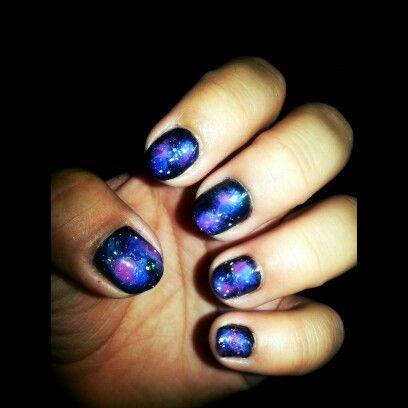 galaxy nail art leslie♥  galaxy nail art nails galaxy
