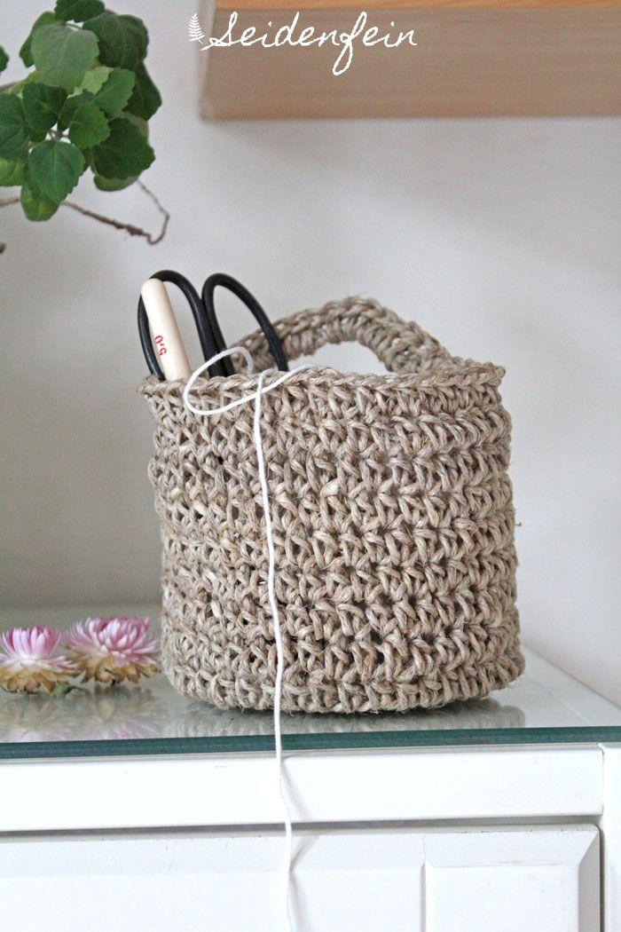 seidenfeins Dekoblog: Häkelkörbchen aus Paketschnur * crochet a little hanging basket out of hemp string