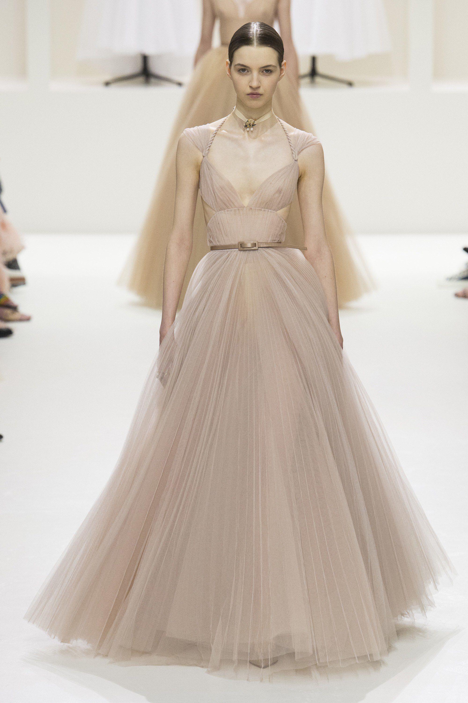 Christian Dior Fall 2018 Couture Fashion Show   Christian
