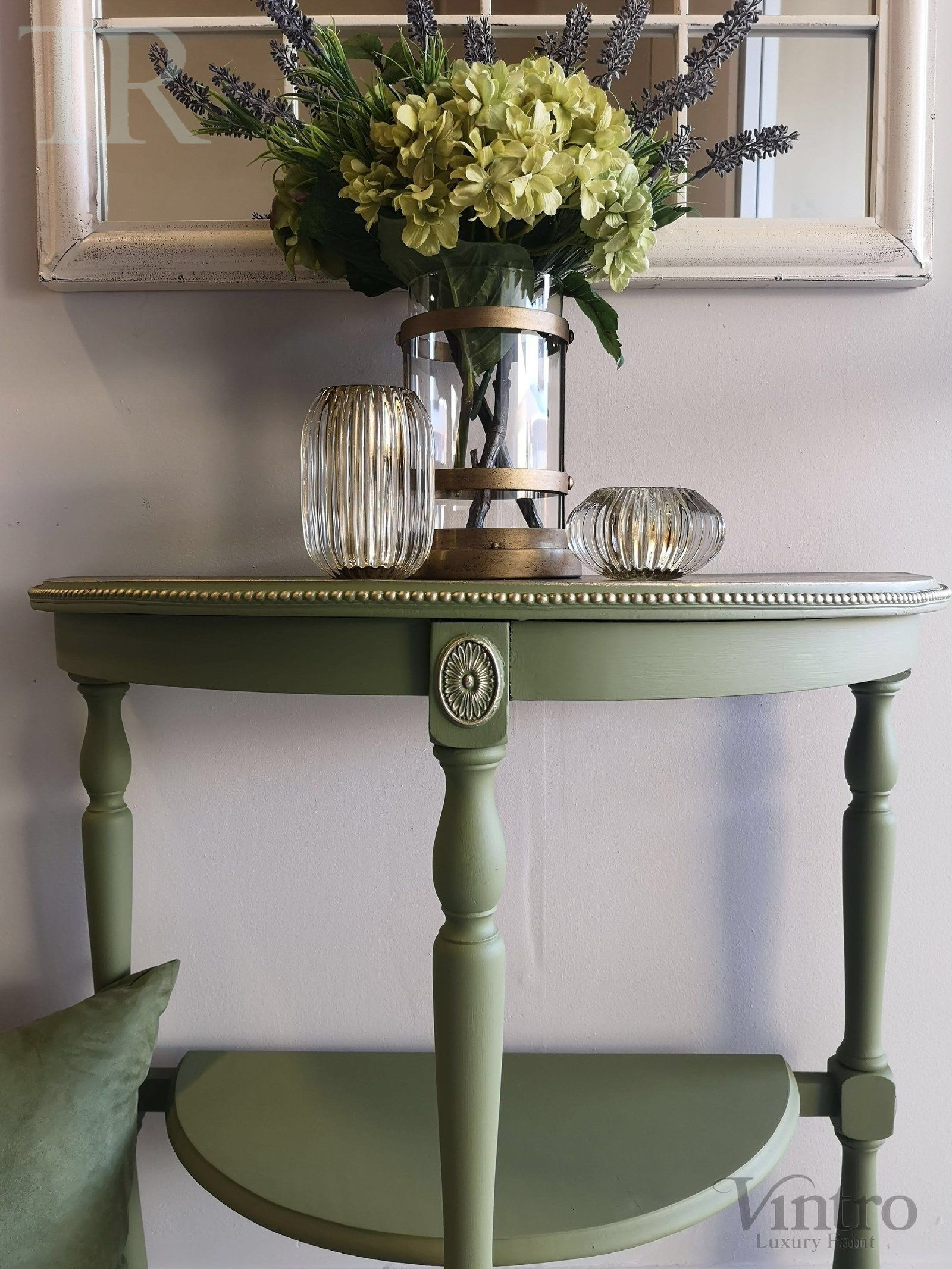 Annalise: Half round table with a metallic top finish