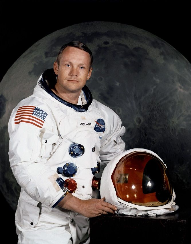 essay on neil armstrong the first man on the moon. Black Bedroom Furniture Sets. Home Design Ideas